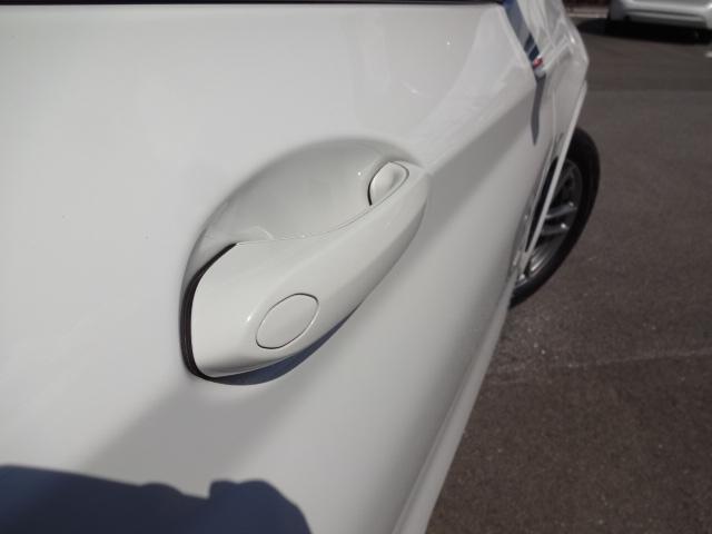 xDrive 20d Mスポーツ HDDナビ Bカメラ ヘッドアップディスプレイ ワイヤレスチャージング ハイラインパッケージ レザーシート シートヒーター 電動シート ACC 電動テールゲート ETC Bluetooth(5枚目)