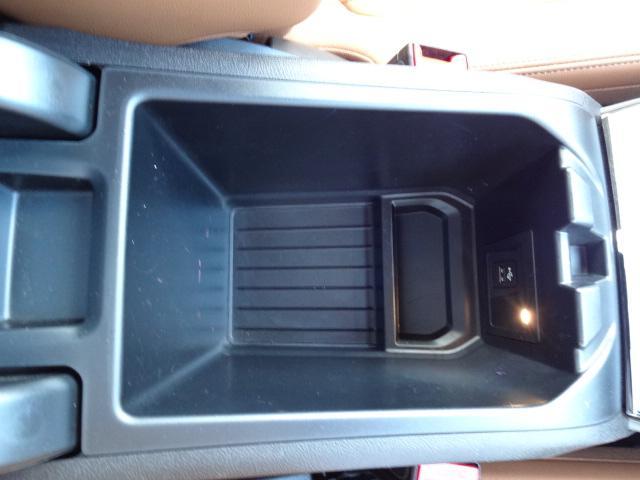 xDrive 20d Mスポーツ HDDナビ Bカメラ ヘッドアップディスプレイ ワイヤレスチャージング ハイラインパッケージ レザーシート シートヒーター 電動シート ACC 電動テールゲート ETC Bluetooth(58枚目)