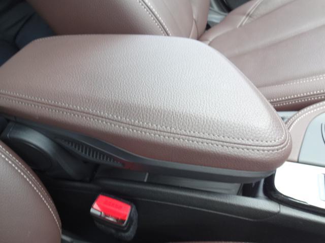 xDrive 18d xライン HDDナビ レザーシート 電動シート 追突軽減ブレーキ シートヒーター Bカメラ コンフォートアクセス オートマチックテールゲート ETC bluetooth  前後PDC 純正18インチホイル(52枚目)
