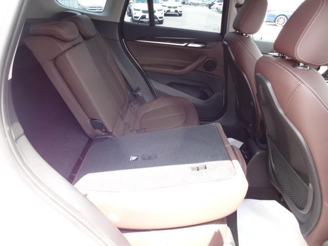 xDrive 18d xライン HDDナビ レザーシート 電動シート 追突軽減ブレーキ シートヒーター Bカメラ コンフォートアクセス オートマチックテールゲート ETC bluetooth  前後PDC 純正18インチホイル(58枚目)