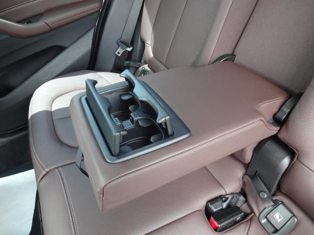 xDrive 18d xライン HDDナビ レザーシート 電動シート 追突軽減ブレーキ シートヒーター Bカメラ コンフォートアクセス オートマチックテールゲート ETC bluetooth  前後PDC 純正18インチホイル(59枚目)