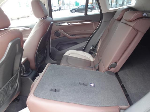 xDrive 18d xライン HDDナビ レザーシート 電動シート 追突軽減ブレーキ シートヒーター Bカメラ コンフォートアクセス オートマチックテールゲート ETC bluetooth  前後PDC 純正18インチホイル(61枚目)