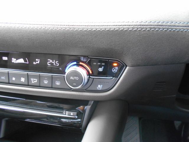XD Lパッケージ 4WD メーカー8インチナビDTV 360°ビューモニター BOSEサウンドシステム 本革シート シートベンチレーションヒーター アドバンストスマートシティブレーキサポート LED ETC ディーラーデモカー(42枚目)