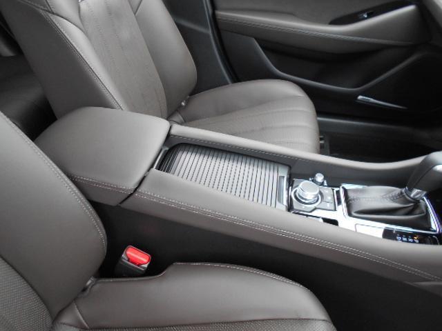 XD Lパッケージ 4WD メーカー8インチナビDTV 360°ビューモニター BOSEサウンドシステム 本革シート シートベンチレーションヒーター アドバンストスマートシティブレーキサポート LED ETC ディーラーデモカー(52枚目)