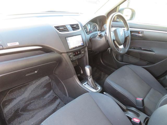 RS メーカーオプションHIDヘッドライト付 オートライト キーフリー ドライブレコーダー ナビ・バックカメラ ETC 純正16インチアルミホイール RS専用装備 革巻きステアリング クルーズコントロール(8枚目)