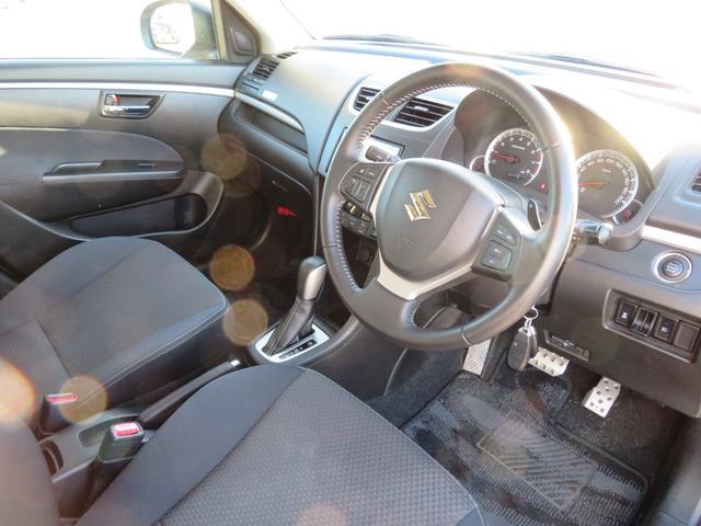 RS メーカーオプションHIDヘッドライト付 オートライト キーフリー ドライブレコーダー ナビ・バックカメラ ETC 純正16インチアルミホイール RS専用装備 革巻きステアリング クルーズコントロール(9枚目)