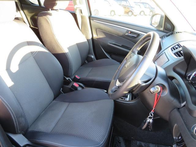 RS メーカーオプションHIDヘッドライト付 オートライト キーフリー ドライブレコーダー ナビ・バックカメラ ETC 純正16インチアルミホイール RS専用装備 革巻きステアリング クルーズコントロール(10枚目)