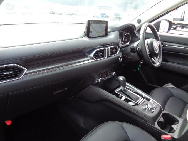 XD Lパッケージ 4WD メーカー8インチナビDTV BOSEサウンドシステム レザーシート シートヒーター&パワーシート 360°ビュー・モニターフロントパーキングセンサー サンルーフ パワーリアゲート LED 当店デモカー(14枚目)