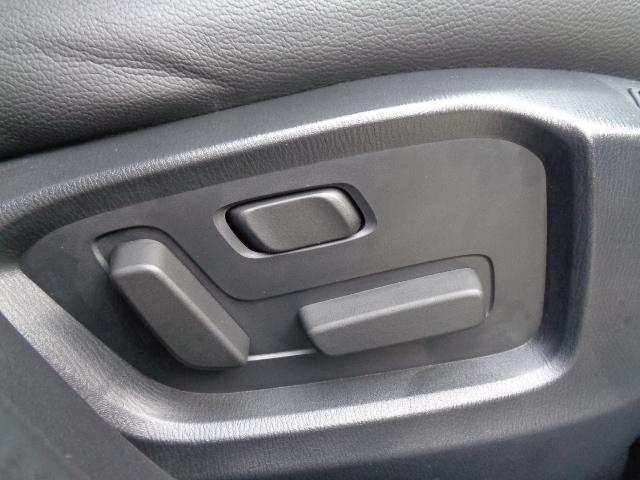 XD Lパッケージ 4WD メーカー8インチナビDTV BOSEサウンドシステム レザーシート シートヒーター&パワーシート 360°ビュー・モニターフロントパーキングセンサー サンルーフ パワーリアゲート LED 当店デモカー(50枚目)
