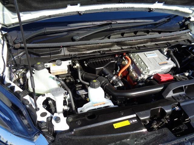 e-パワー ハイウェイスターG プロパイロット 純正10インチナビ 純正11インチ後席モニター アラウンドビューモニター パーキングアシスト 専用合成皮革シート シートヒーター ドライブレコーダー LEDライト ETC 寒冷地仕様(12枚目)
