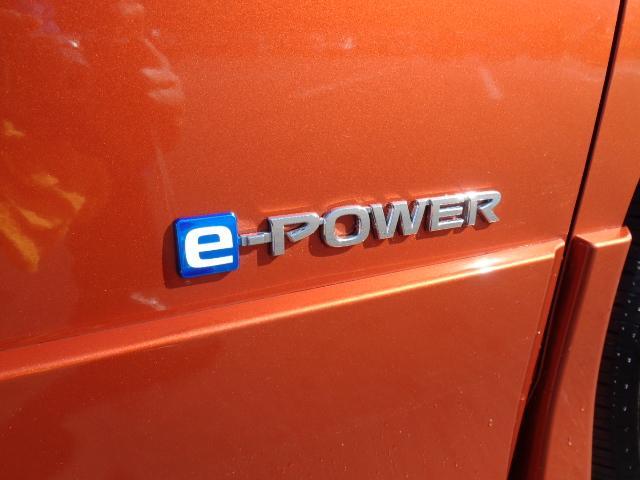 e-パワー ハイウェイスターG プロパイロット 純正10インチナビ アルパイン後席モニター アラウンドビューモニター パーキングアシスト 専用合成皮革シート シートヒーター ドライブレコーダー LEDライト ETC 寒冷地仕様(76枚目)