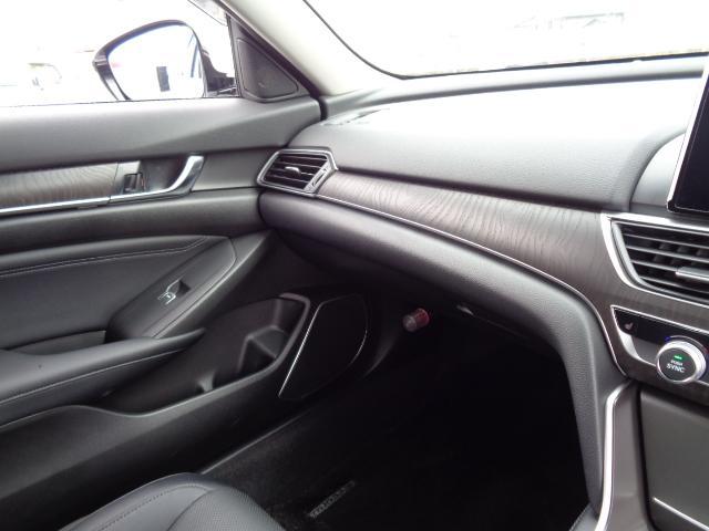 EX タブレット型デザイン8インチ大画面ナビDTV 3画面バックカメラ サンルーフ 前後ドライブレコーダー 黒本革シート 前後席シートヒーター 両席パワーシート ホンダセンシング リモコンエンジンスターター(65枚目)