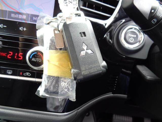 Gプラスパッケージ 4WD メーカー8インチWVGAマルチタッチディスプレイナビDTV ミツビシパワーサウンドシステム マルチアラウンドモニター AC100V電源 e-Assist ステアリング&シートヒーター パワーバックドア(42枚目)