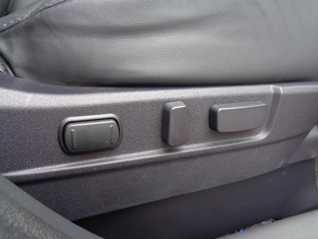 Gプラスパッケージ 4WD メーカー8インチWVGAマルチタッチディスプレイナビDTV ミツビシパワーサウンドシステム マルチアラウンドモニター AC100V電源 e-Assist ステアリング&シートヒーター パワーバックドア(50枚目)