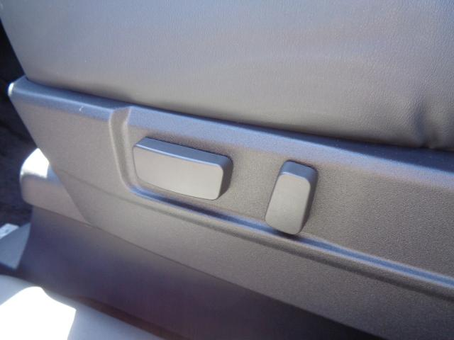Gプラスパッケージ メーカー8インチWVGAマルチタッチディスプレイナビDTV マルチアラウンドモニター AC100V電源 e-Assist ステアリング&シートヒーター パワーバックドア ディーラーデモカー(48枚目)