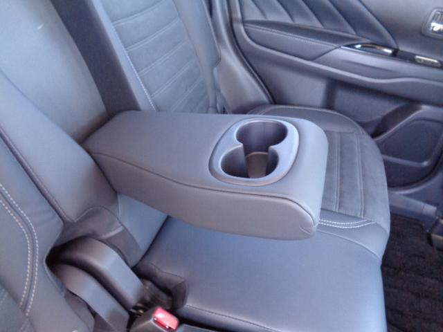 Gプラスパッケージ メーカー8インチWVGAマルチタッチディスプレイナビDTV マルチアラウンドモニター AC100V電源 e-Assist ステアリング&シートヒーター パワーバックドア ディーラーデモカー(49枚目)