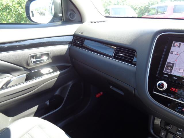 Gプラスパッケージ メーカー8インチWVGAマルチタッチディスプレイナビDTV マルチアラウンドモニター AC100V電源 e-Assist ステアリング&シートヒーター パワーバックドア ディーラーデモカー(57枚目)