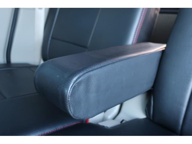 PZターボスペシャル ハイルーフ 4WD 両側電動スライド オートステップ レーダーブレーキサポート シートヒーター スマートキー 本革調シートカバー SDナビ フルセグ DVD再生 Bluetooth Bカメラ ETC(24枚目)