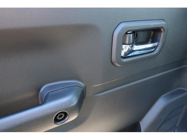 XC スズキセーフティサポート 衝突被害軽減ブレーキ 車線逸脱警報 ふらつき警報 標識認識機能 誤発進抑制機能   LEDヘッドライト ヘッドライトウォッシャー クルーズコントロール シートヒーター(25枚目)