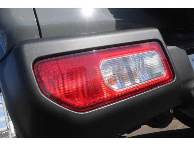 XC スズキセーフティサポート 衝突被害軽減ブレーキ 車線逸脱警報 ふらつき警報 標識認識機能 誤発進抑制機能   LEDヘッドライト ヘッドライトウォッシャー クルーズコントロール シートヒーター(69枚目)