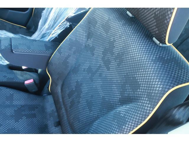 G レーンアシスト 衝突被害軽減ブレーキ 衝突安全ボディ 盗難防止装置 シートヒーター スマートキー 純正SDナビ ETC SDミュージック USB接続 AUX 地デジ バックカメラ ブラックルーフ(14枚目)