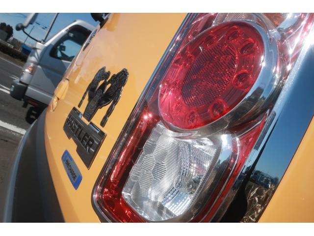 G レーンアシスト 衝突被害軽減ブレーキ 衝突安全ボディ 盗難防止装置 シートヒーター スマートキー 純正SDナビ ETC SDミュージック USB接続 AUX 地デジ バックカメラ ブラックルーフ(60枚目)
