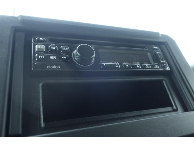 XL 5速マニュアル リフトアップ カスタムグリル 社外マフラー 新品16インチアルミホイール 新品ジオランダーM/Tタイヤ CDオーディオ ETC スマートキー  シートヒーター ヒーテッドドアミラー(10枚目)