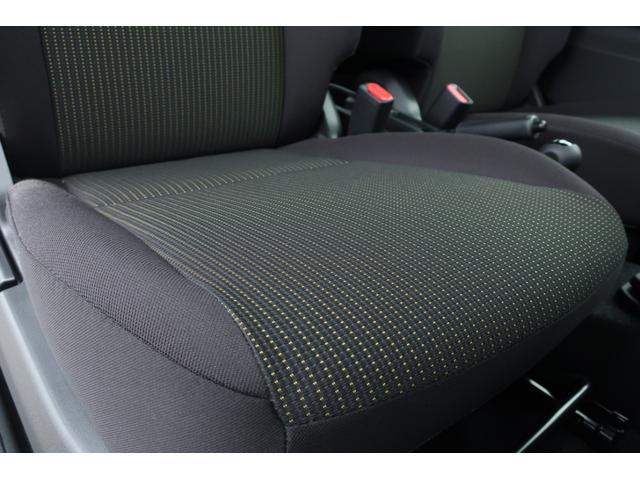 XL 5速マニュアル リフトアップ カスタムグリル 社外マフラー 新品16インチアルミホイール 新品ジオランダーM/Tタイヤ CDオーディオ ETC スマートキー  シートヒーター ヒーテッドドアミラー(13枚目)