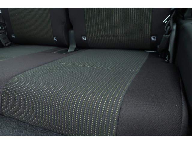 XL 5速マニュアル リフトアップ カスタムグリル 社外マフラー 新品16インチアルミホイール 新品ジオランダーM/Tタイヤ CDオーディオ ETC スマートキー  シートヒーター ヒーテッドドアミラー(22枚目)