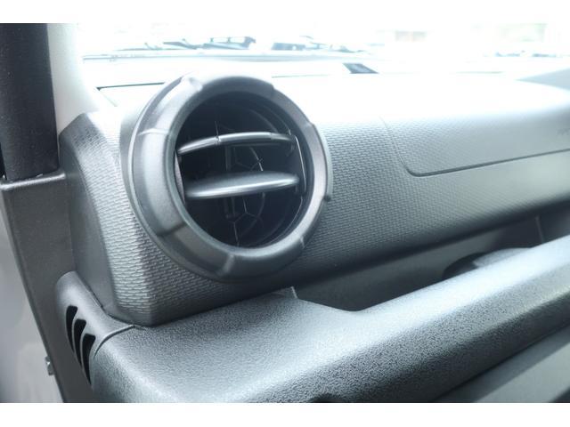 XL 5速マニュアル リフトアップ カスタムグリル 社外マフラー 新品16インチアルミホイール 新品ジオランダーM/Tタイヤ CDオーディオ ETC スマートキー  シートヒーター ヒーテッドドアミラー(25枚目)