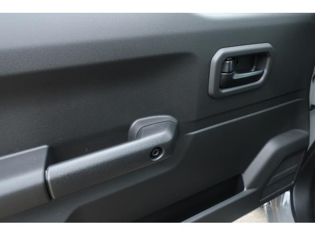 XL 5速マニュアル リフトアップ カスタムグリル 社外マフラー 新品16インチアルミホイール 新品ジオランダーM/Tタイヤ CDオーディオ ETC スマートキー  シートヒーター ヒーテッドドアミラー(26枚目)