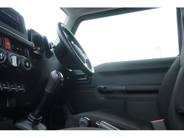 XL 5速マニュアル リフトアップ カスタムグリル 社外マフラー 新品16インチアルミホイール 新品ジオランダーM/Tタイヤ CDオーディオ ETC スマートキー  シートヒーター ヒーテッドドアミラー(32枚目)