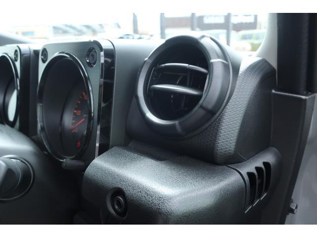 XL 5速マニュアル リフトアップ カスタムグリル 社外マフラー 新品16インチアルミホイール 新品ジオランダーM/Tタイヤ CDオーディオ ETC スマートキー  シートヒーター ヒーテッドドアミラー(45枚目)