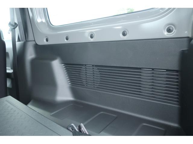 XL 5速マニュアル リフトアップ カスタムグリル 社外マフラー 新品16インチアルミホイール 新品ジオランダーM/Tタイヤ CDオーディオ ETC スマートキー  シートヒーター ヒーテッドドアミラー(56枚目)