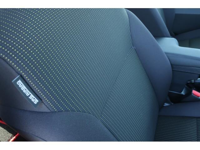 XC 4WD 陸送費無料 DEAN16インチアルミ BFグッドリッチMTタイヤ 社外マフラー 背面タイヤレスカバー 社外ラゲッジマット レーンアシスト 衝突軽減ブレーキ ダウンヒルアシスト  LEDライト(12枚目)