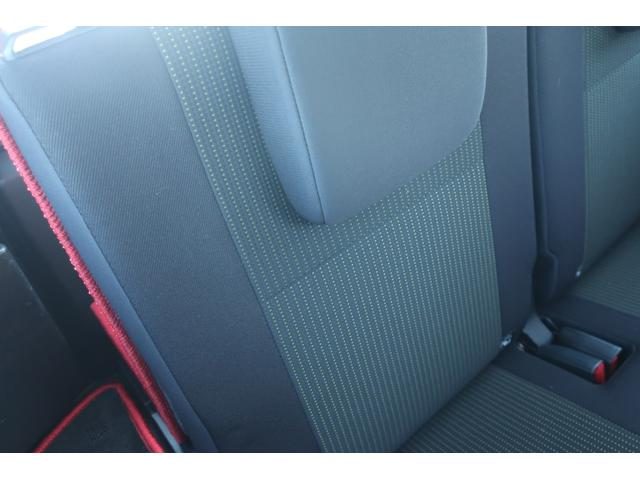 XC 4WD 陸送費無料 DEAN16インチアルミ BFグッドリッチMTタイヤ 社外マフラー 背面タイヤレスカバー 社外ラゲッジマット レーンアシスト 衝突軽減ブレーキ ダウンヒルアシスト  LEDライト(18枚目)