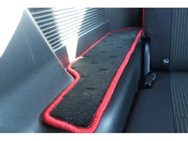 XC 4WD 陸送費無料 DEAN16インチアルミ BFグッドリッチMTタイヤ 社外マフラー 背面タイヤレスカバー 社外ラゲッジマット レーンアシスト 衝突軽減ブレーキ ダウンヒルアシスト  LEDライト(20枚目)