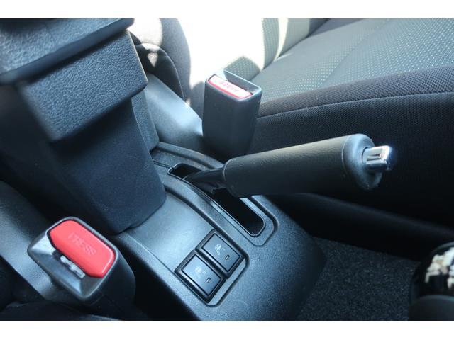 XC 4WD 陸送費無料 DEAN16インチアルミ BFグッドリッチMTタイヤ 社外マフラー 背面タイヤレスカバー 社外ラゲッジマット レーンアシスト 衝突軽減ブレーキ ダウンヒルアシスト  LEDライト(43枚目)