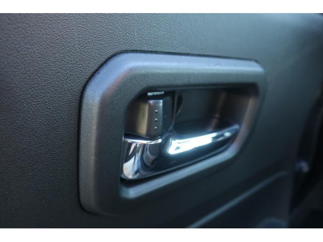 XC 4WD 陸送費無料 DEAN16インチアルミ BFグッドリッチMTタイヤ 社外マフラー 背面タイヤレスカバー 社外ラゲッジマット レーンアシスト 衝突軽減ブレーキ ダウンヒルアシスト  LEDライト(48枚目)