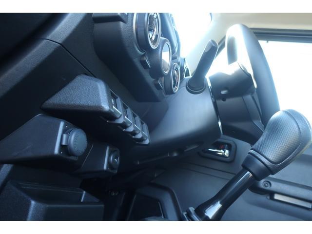 XC 4WD 陸送費無料 DEAN16インチアルミ BFグッドリッチMTタイヤ 社外マフラー 背面タイヤレスカバー 社外ラゲッジマット レーンアシスト 衝突軽減ブレーキ ダウンヒルアシスト  LEDライト(53枚目)