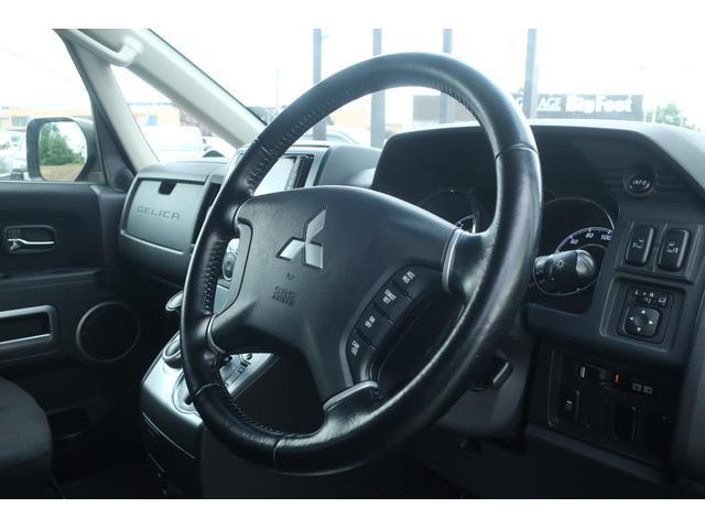 D パワーパッケージ 4WD 新品16インチAW 新品オープンカントリーR/Tタイヤ SDナビ フルセグ 10インチフリップダウンモニター バックカメラ Bluetooth ETC 両側電動スライドドア(9枚目)