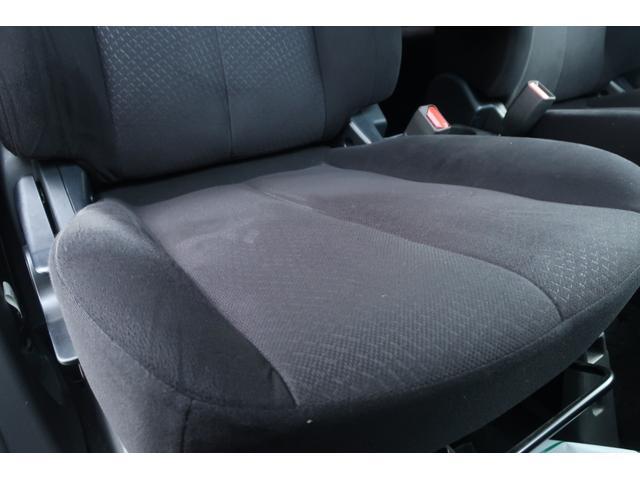D パワーパッケージ 4WD 新品16インチAW 新品オープンカントリーR/Tタイヤ SDナビ フルセグ 10インチフリップダウンモニター バックカメラ Bluetooth ETC 両側電動スライドドア(12枚目)