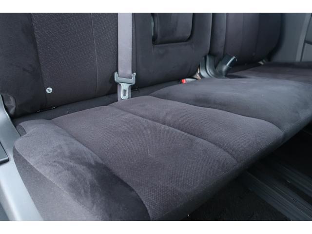D パワーパッケージ 4WD 新品16インチAW 新品オープンカントリーR/Tタイヤ SDナビ フルセグ 10インチフリップダウンモニター バックカメラ Bluetooth ETC 両側電動スライドドア(18枚目)