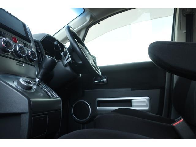D パワーパッケージ 4WD 新品16インチAW 新品オープンカントリーR/Tタイヤ SDナビ フルセグ 10インチフリップダウンモニター バックカメラ Bluetooth ETC 両側電動スライドドア(40枚目)