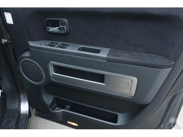 D パワーパッケージ 4WD 新品16インチAW 新品オープンカントリーR/Tタイヤ SDナビ フルセグ 10インチフリップダウンモニター バックカメラ Bluetooth ETC 両側電動スライドドア(61枚目)
