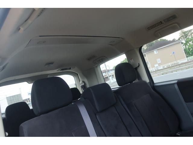 D パワーパッケージ 4WD 新品16インチAW 新品オープンカントリーR/Tタイヤ SDナビ フルセグ 10インチフリップダウンモニター バックカメラ Bluetooth ETC 両側電動スライドドア(62枚目)