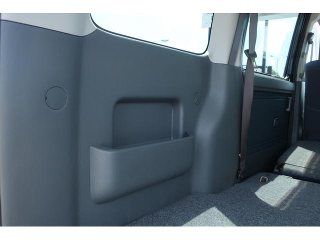 クルーズターボ パートタイム4WD 新品14インチアルミホイール 新品オープンカントリーR/Tタイヤ オーバーヘッドシェルフ ケンウッドCDオーディオ USB接続 ETC 両側スライドドア(55枚目)