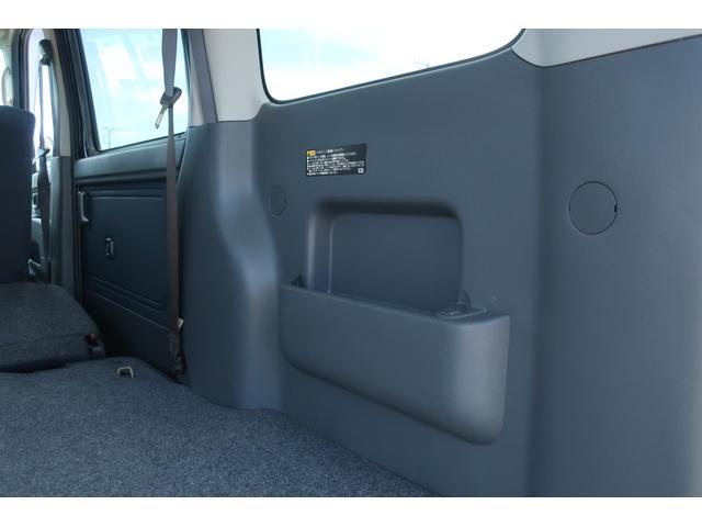 クルーズターボ パートタイム4WD 新品14インチアルミホイール 新品オープンカントリーR/Tタイヤ オーバーヘッドシェルフ ケンウッドCDオーディオ USB接続 ETC 両側スライドドア(56枚目)