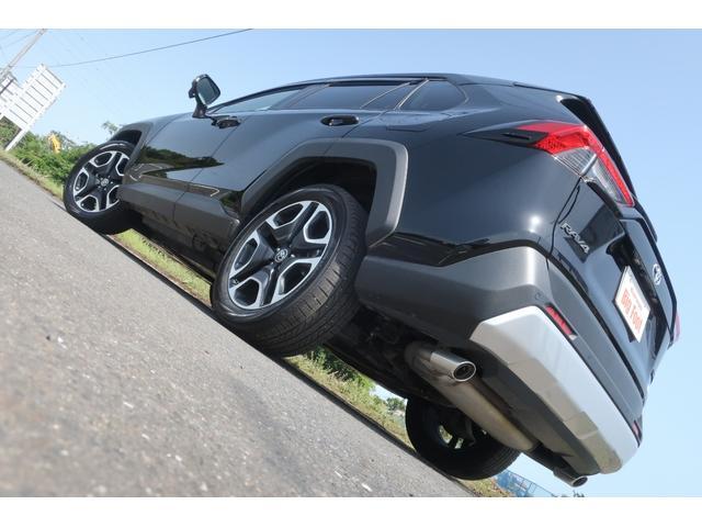 アドベンチャー 4WD 衝突軽減ブレーキ レーンアシスト ダウンヒルアシスト クリアランスソナー 電動リアゲート エンジンスターター ステアリングヒーター(6枚目)