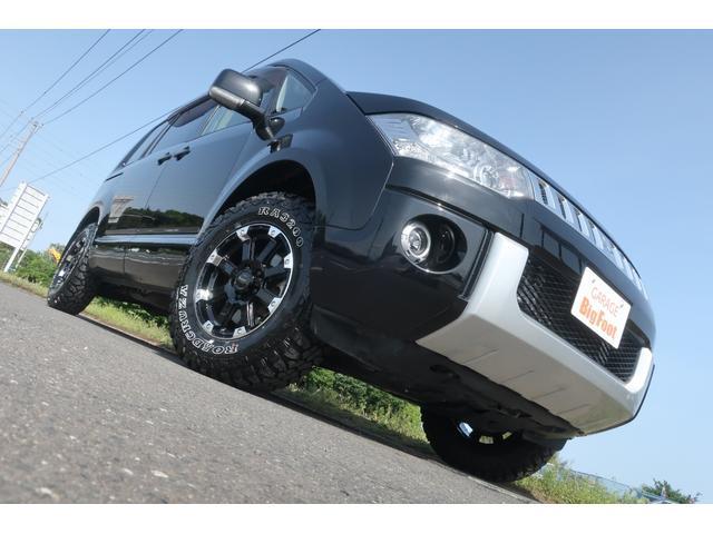 D パワーパッケージ 4WD アルパイン9インチSDナビ 10インチフリップダウンリアモニター フルセグ バックカメラ ETC 新品16インチAW 新品M/Tタイヤ 両側電動スライドドア  シートヒーター  スマートキー(5枚目)